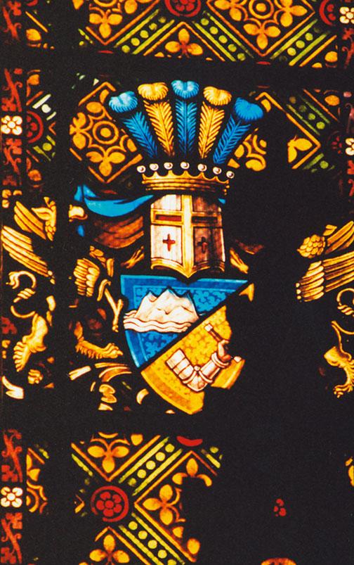 Kap-Herr Wappen im Kirchenfenster